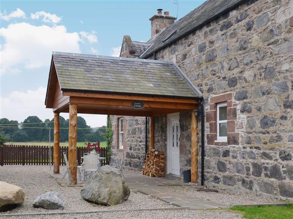 Stables Cottage in Inverness-Shire