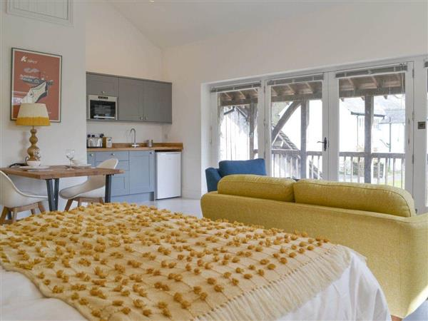 Staveley Park Holiday Cottages - Staveley Park Studio in Cumbria