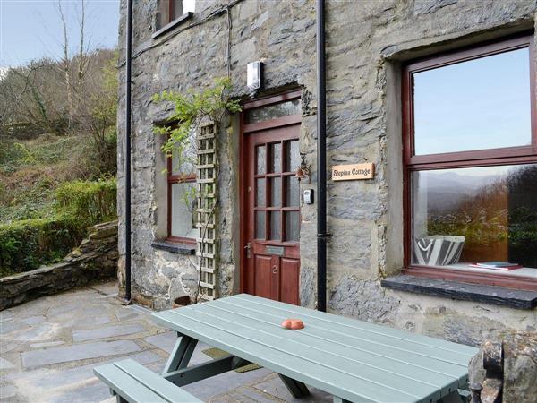 Stepiau Cottage in Gwynedd