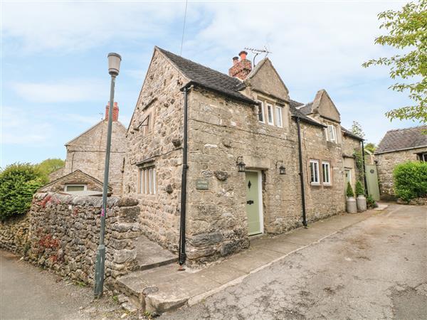 Sundial Cottage in Derbyshire