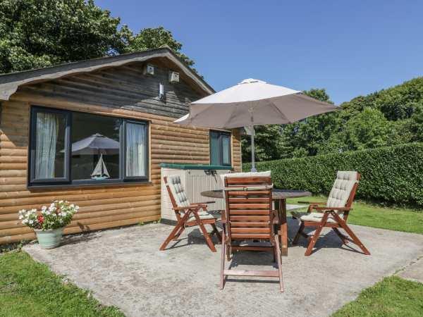 Sunflower Lodge in Cornwall