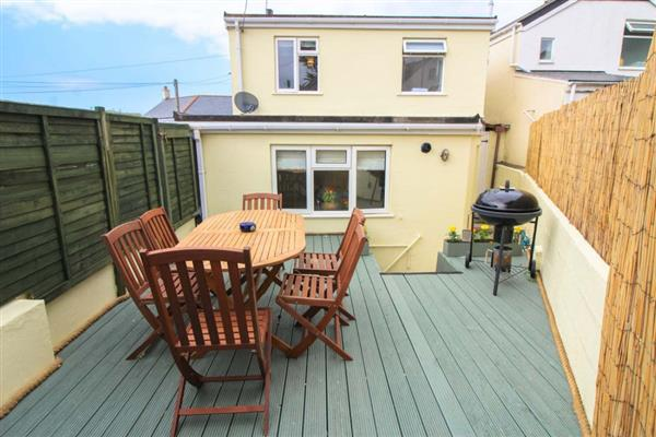 Sunny Corner Cottage in Hayle, West Cornwall