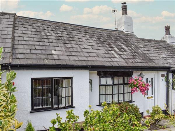 Sunnyside Cottage in Churchtown, near Southport, Merseyside