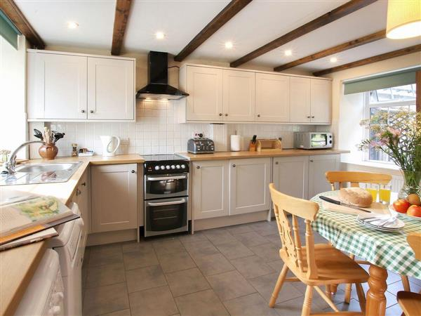 Swansea Valley Holiday Cottages - Ty Cerbyd from Cottages 4 You