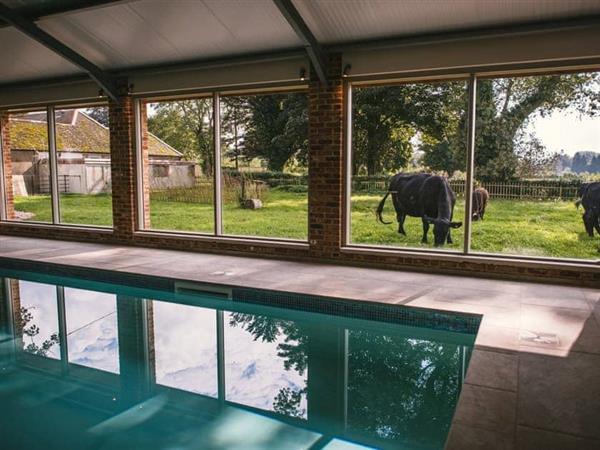 Tarrant Valley House - Sleeps 16 in Dorset