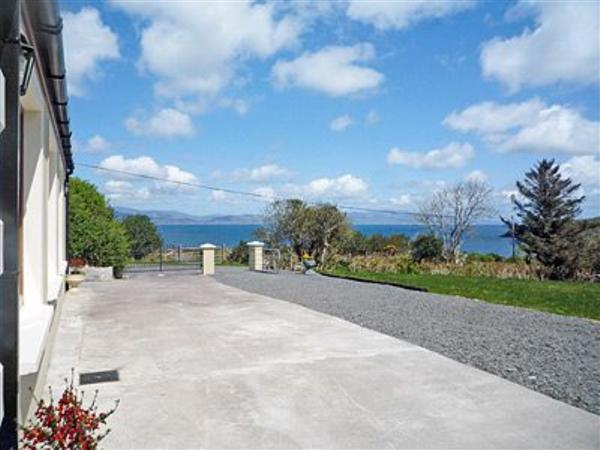 Teach Cuas Gorm in County Kerry