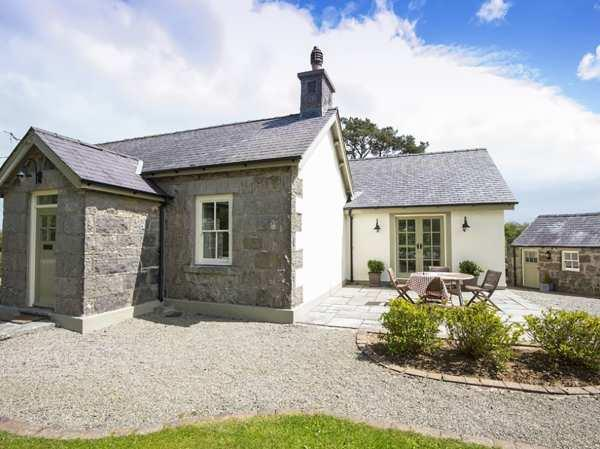 Tegfryn Cottage from Sykes Holiday Cottages