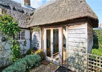 Thatch Cottage in West Sussex