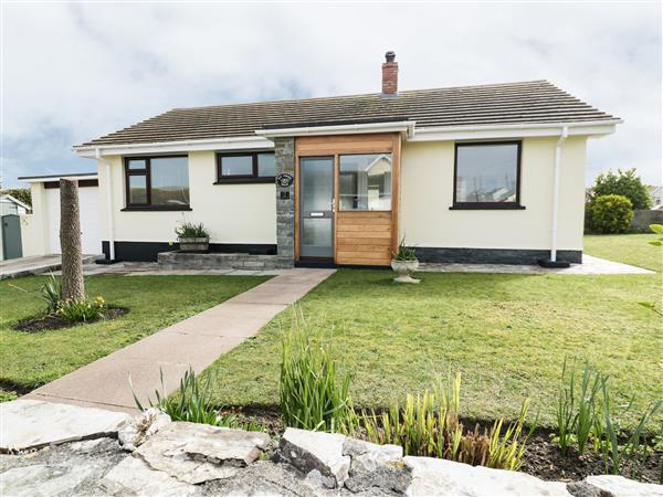 The Corner House from Sykes Holiday Cottages