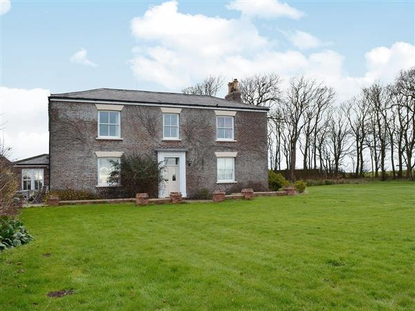 The Grange Holiday Cottages - The Farmhouse  in North Humberside