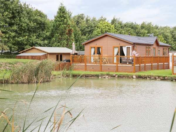 The Lake House in Lincolnshire