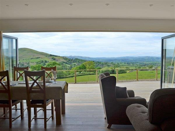 The Lodges - Sweet Meadow Lodge in Powys