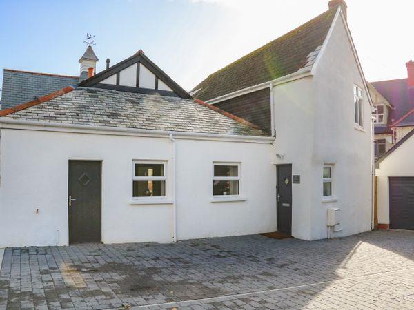 The Old Coach House, Braunton with hot tub