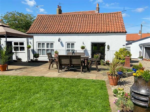 The Old House Cottage in Flixton, near Filey