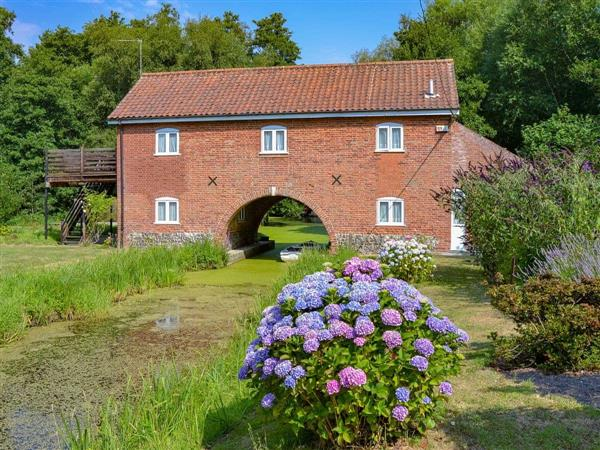 The Wherry Arch from Cottages 4 You