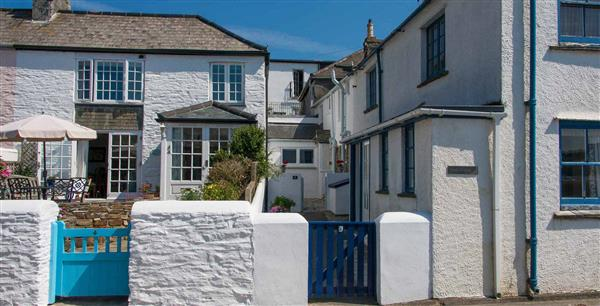 Thimble Cottage in Cornwall