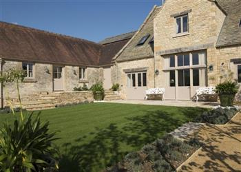 Thorndale Farm Barn in Northleach near Cheltenham, Gloucestershire
