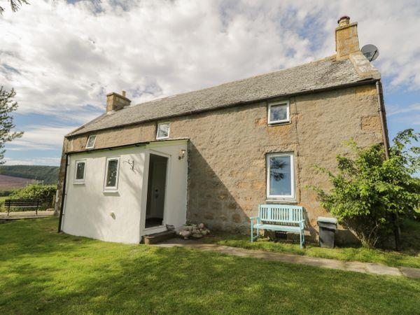 Tomachlaggan Cottage, Kirkmichael near Tomintoul