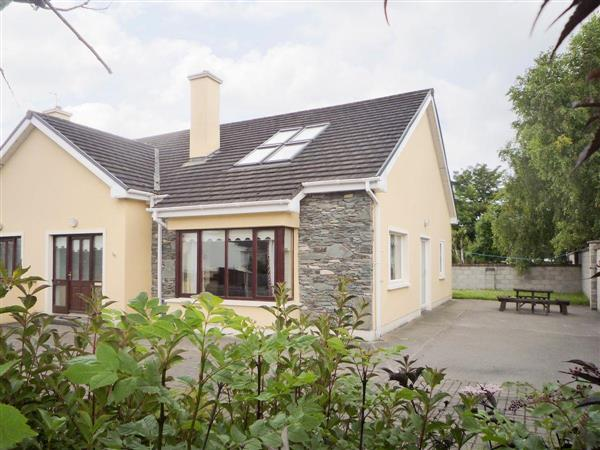 Tomies Close Cottage in County Kerry