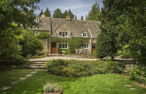 Top Cottage in Upper Oddington, Gloucestershire