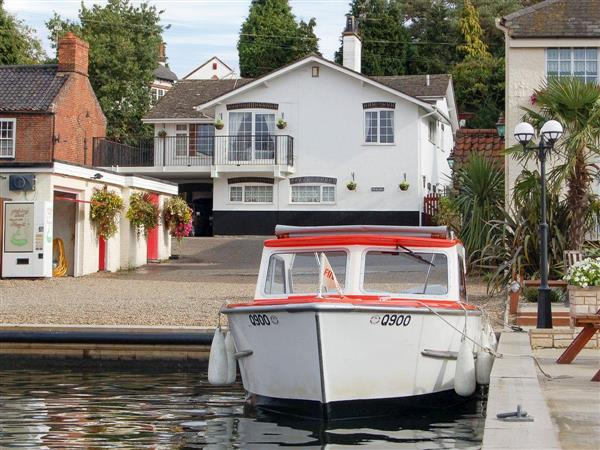 Tracara Cottage in Horning, near Norwich