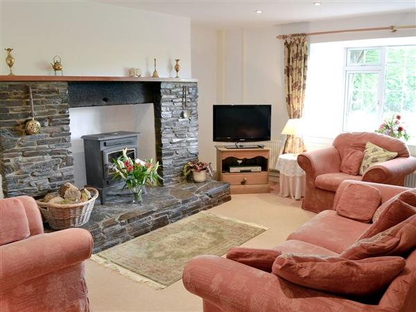 Trecan Farm Cottages - Holly in Cornwall