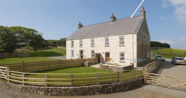 Trefrane Lodge in Dyfed