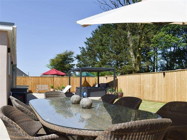 Tregarth, Bude, Cornwall with hot tub