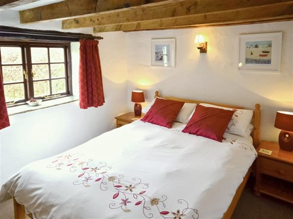Trenannick Cottages - Beech Cottage in Cornwall