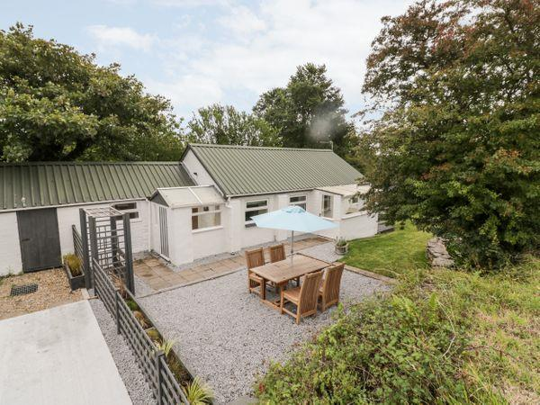 Trenant Cottage from Sykes Holiday Cottages