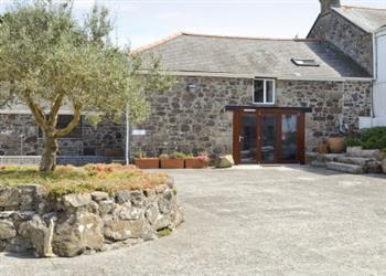 Trevothen Farm - The Barn in Cornwall