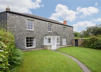 Triggabrowne Farm Cottages - The Farmhouse in Cornwall