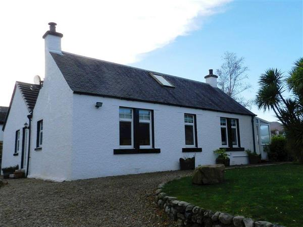 Tuathair Front Cottage from Cottages 4 You