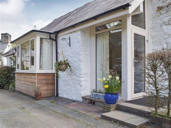 Tucking Cottage in Treffgarne, near Haverfordwest, Dyfed