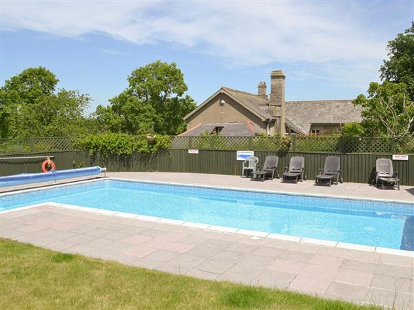 Twelve Oaks Holiday Cottages - Barnyard Cottage in Devon