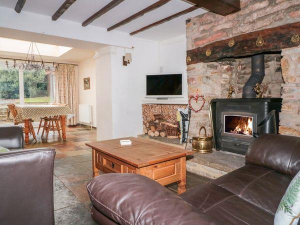 Twixt Cottage in Bream, Gloucestershire