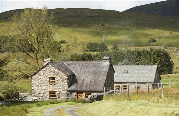Ty Nant Cottage in Capel Celyn, Near Bala - Gwynedd