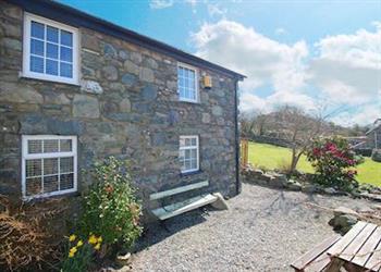 Tyn y Coed Cottage in Gwynedd
