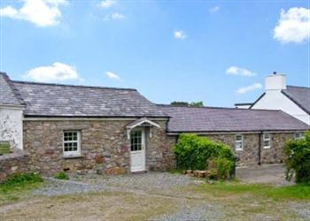 Tyn y Mynydd   from Sykes Holiday Cottages