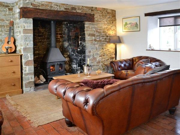 Tythecombe Lake Cottage in Devon