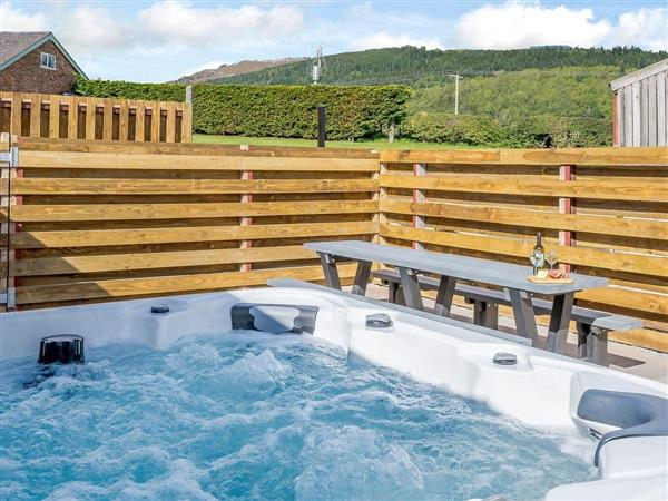 Vale of Llangollen Farm Cottages - Cor Tarw from Cottages 4 You
