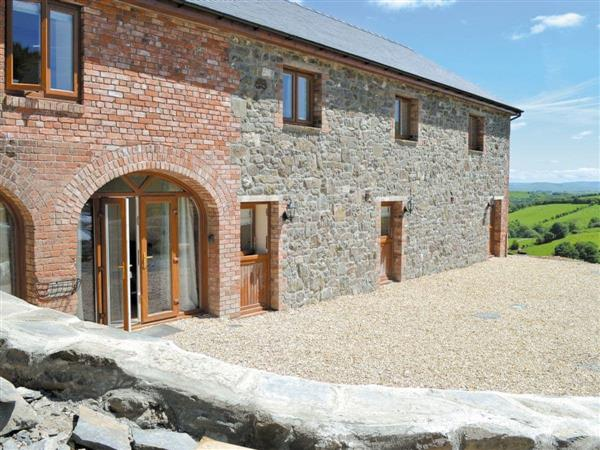Valley View Barns - Lower Barn in Powys