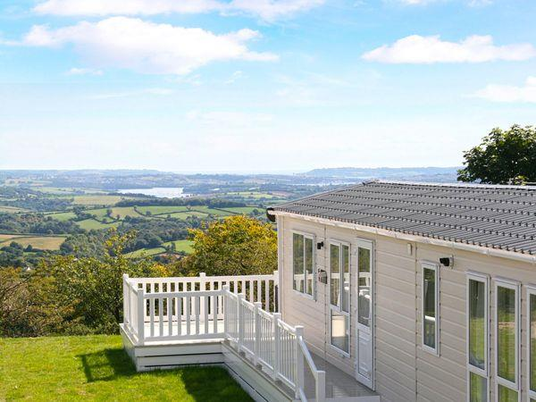 Valley View Lodge, Cornwall