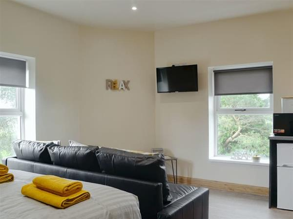 Waterfall Country Apartments - The Falls in Powys
