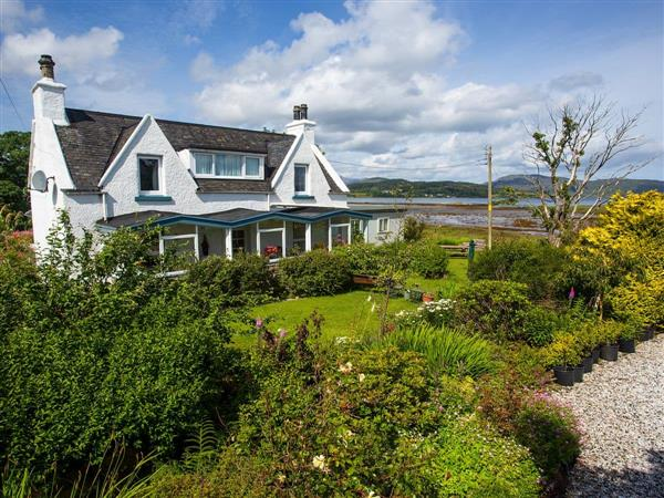 Waterside Breaks - Waterside Cottage from Cottages 4 You