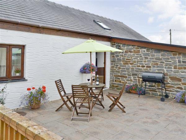 Wauntwr Cottages -  Yr Hen Ysgubor in Dyfed