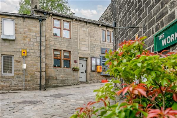 Weavers Cottage in West Yorkshire