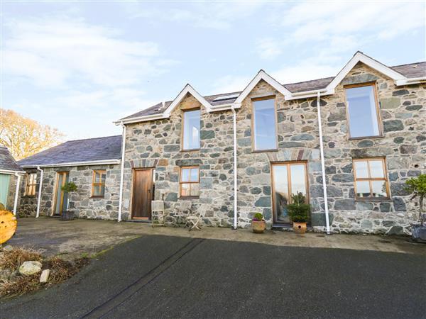 Wern Olau Cottage in Gwynedd