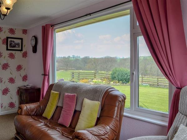 Wernymarchog - Anns Bungalow in Powys