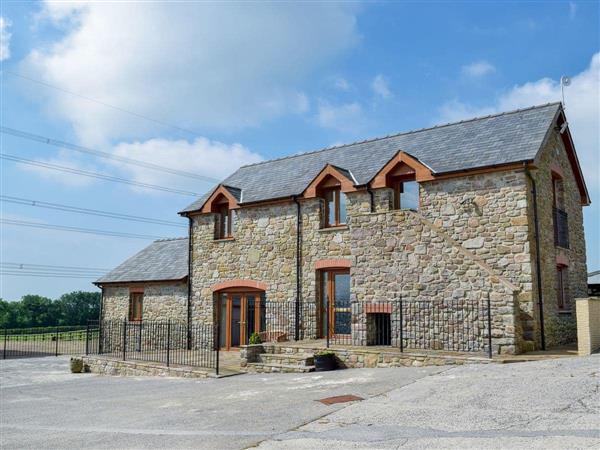 West Rose Barn in Dyfed